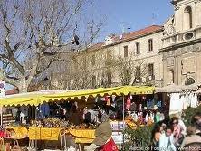 Forcalquier market 1