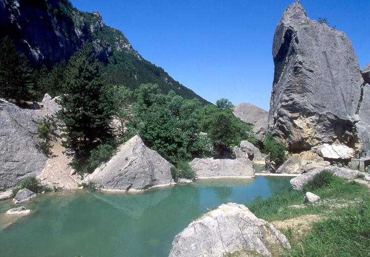 Le saut de la dr me les alpes en provence - Office de tourisme de correncon en vercors ...